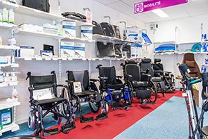 Bastide le Confort Médical Angers interieur magasin matériel médical